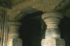 Free Stone Pillars Royalty Free Stock Image - 13758306