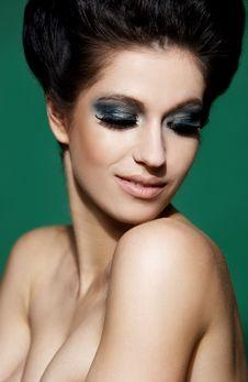 Free Portrait Of A Beautiful Brunette Woman Stock Photography - 13759262