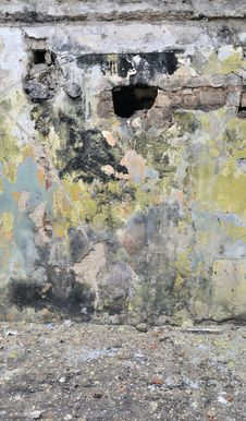 Free Old Wall In Broken House Stock Photo - 13760280