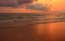 Free Sunset Royalty Free Stock Photography - 13761957