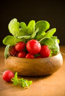 Free A Bunch Of Fresh Radishes Stock Photo - 13762950