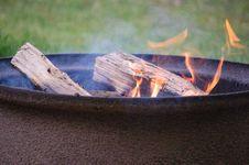 Free Campfire Close-Up Royalty Free Stock Photo - 13763915