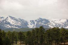 Free Mountain Forest Royalty Free Stock Photos - 13764638