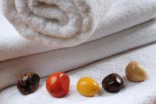 Free Bath Towel. Royalty Free Stock Photos - 13767938