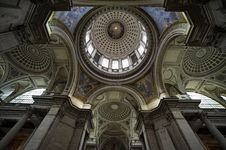 Free Pantheon`s Dome Stock Image - 13768541