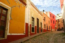 Free Street Colors, Guanajuato Stock Photo - 13769390