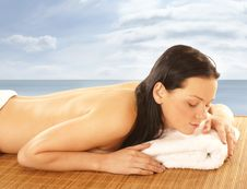 Young And Attractive Woman Getting Spa Treatment Royalty Free Stock Image