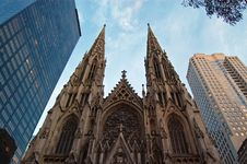 Free Tall Cathedral Royalty Free Stock Photos - 13775968