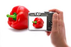 Free The Hand Whis Phocamera And Sweet Pepper Stock Photos - 13776263