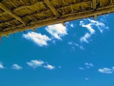 Free Blue Sky Under Hut Roof Stock Photo - 13780020