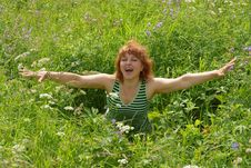 Free Beauty  Woman Sits On Meadow Stock Photography - 13780562