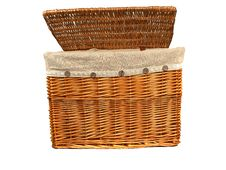 Free Laundry Basket Royalty Free Stock Photo - 13781305