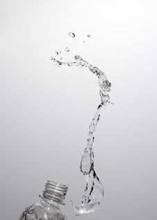 Free Water Splashing Stock Photography - 13782032