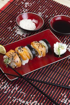 Free Complete Sushi Meal Royalty Free Stock Photo - 13788605