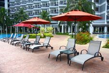 Free Poolside Deckchair At Luxury Hotel Stock Images - 13790384