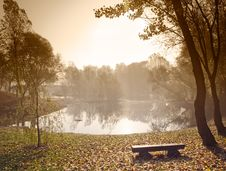 Free Morning Over Lake Royalty Free Stock Photography - 13790717