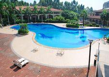 Free Swimming Pool Stock Photo - 13792130