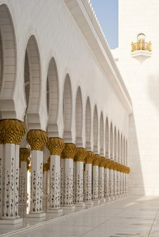 Free Arches At A Mosque Royalty Free Stock Photography - 13794747