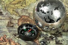 Free Compass On The Old Map Royalty Free Stock Photos - 13794968