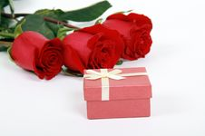 Free Red Roses And Gift Stock Photo - 13797920