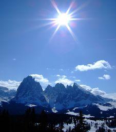 Free Mountains Royalty Free Stock Photos - 13799098