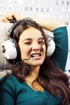 Free Headphone Woman Stock Photos - 1380163