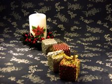 Free Christmas Box Stock Photos - 1380803