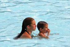 Free Boy And Girl In Pool Royalty Free Stock Images - 1383669