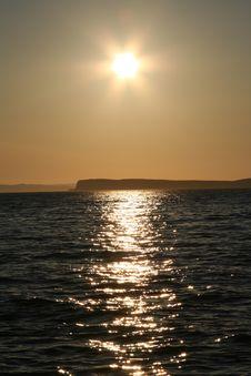 Free Sunset Over Island Royalty Free Stock Image - 1386886