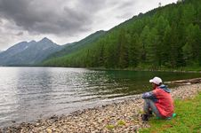 Free Men, Lake And Mountains, Royalty Free Stock Photography - 1387387