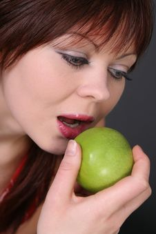 Free Girl With Apple Stock Photography - 1388442