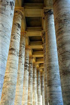 Free Vatican Columns 2 Stock Image - 1388761