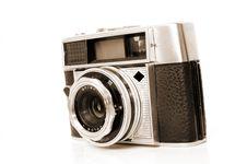 Free Aged Camera Royalty Free Stock Photos - 1389608