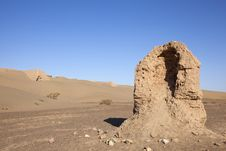 Free Ruin In Desert Royalty Free Stock Photo - 13801505