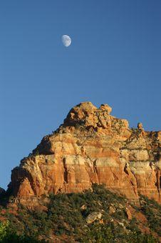 Free Moon Over Sedona Royalty Free Stock Photos - 13805488