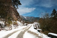 Free Snow Road Royalty Free Stock Image - 13808046