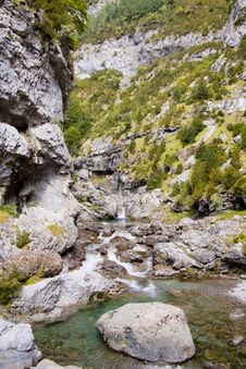 Free River Bellos In Canyon Anisclo Stock Image - 13809241