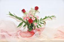 Free Flowers Arrangement Stock Photography - 13810542