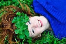 Free Redheaded Girl With Crown From Leaves Stock Images - 13814054