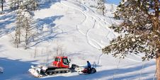 Free Maintenance Vehicles In Ski Resort Stock Photos - 13815713