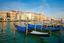 Free Gondolas Royalty Free Stock Images - 13816149