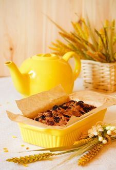 Free Fruit Cake Stock Photo - 13817140