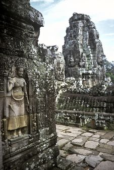 Free Angkor Wat, Cambodia Royalty Free Stock Photography - 13819067