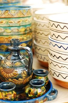 Free Traditional Pottery Royalty Free Stock Photos - 13825518