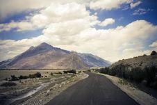 Free Road In Nubra Valley, Ladakh, Kashmir. Stock Photography - 13827002