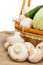 Free Wattled Basket With Vegetables Royalty Free Stock Images - 13831189