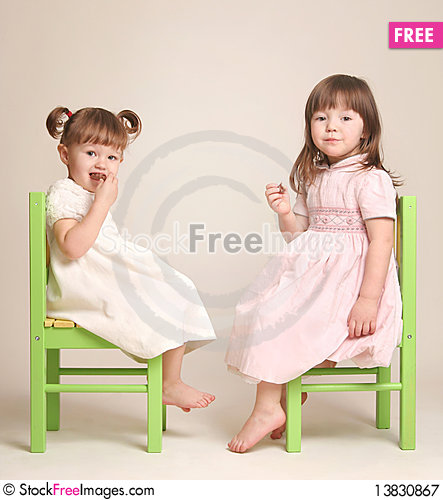 Free Two Girlfriends Eat Chocolate Royalty Free Stock Photography - 13830867