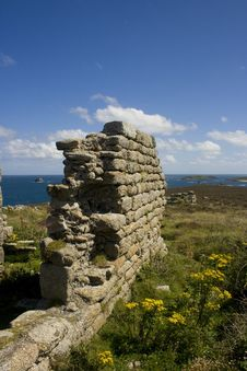 Free A Ruin Near Daymark St Martins Isle Of Scilly Stock Images - 13832554
