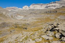 Free Monte Perdido Massif Royalty Free Stock Photos - 13834648