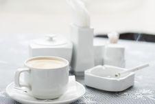 Free Coffee Table Royalty Free Stock Photos - 13835308